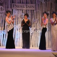 Payal jain with models 185x185 Jacquline Fernandez, Sanjeev Bhaksar and Poonam Dhillion Share the Spotlight at Fashion Fundraiser for Pratham UK