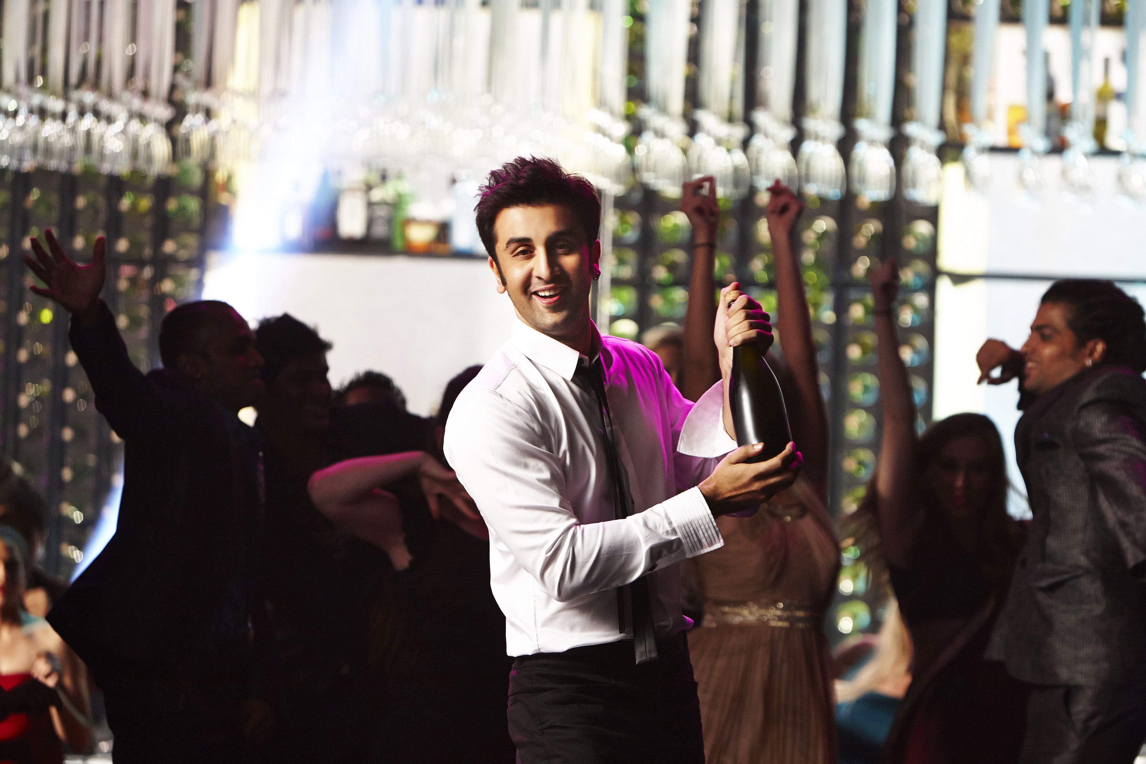 YJHD 1 Ayan Dances to Ranbirs Tunes