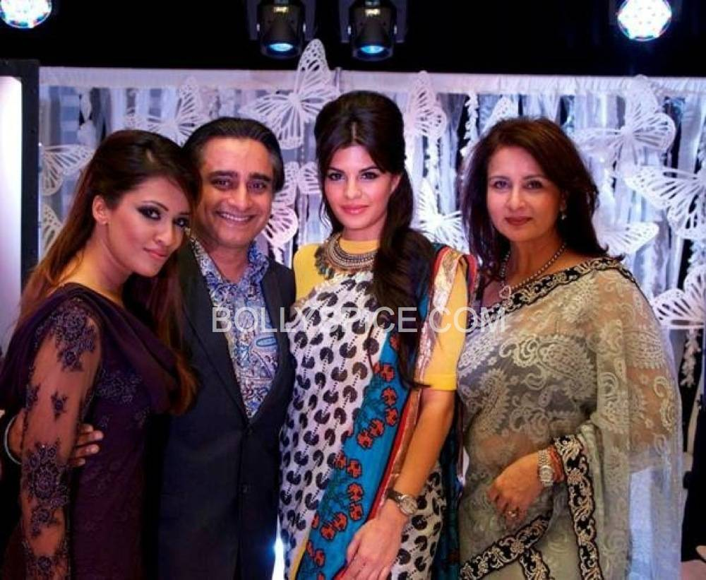jacquelinefernandez1 Jacquline Fernandez, Sanjeev Bhaksar and Poonam Dhillion Share the Spotlight at Fashion Fundraiser for Pratham UK
