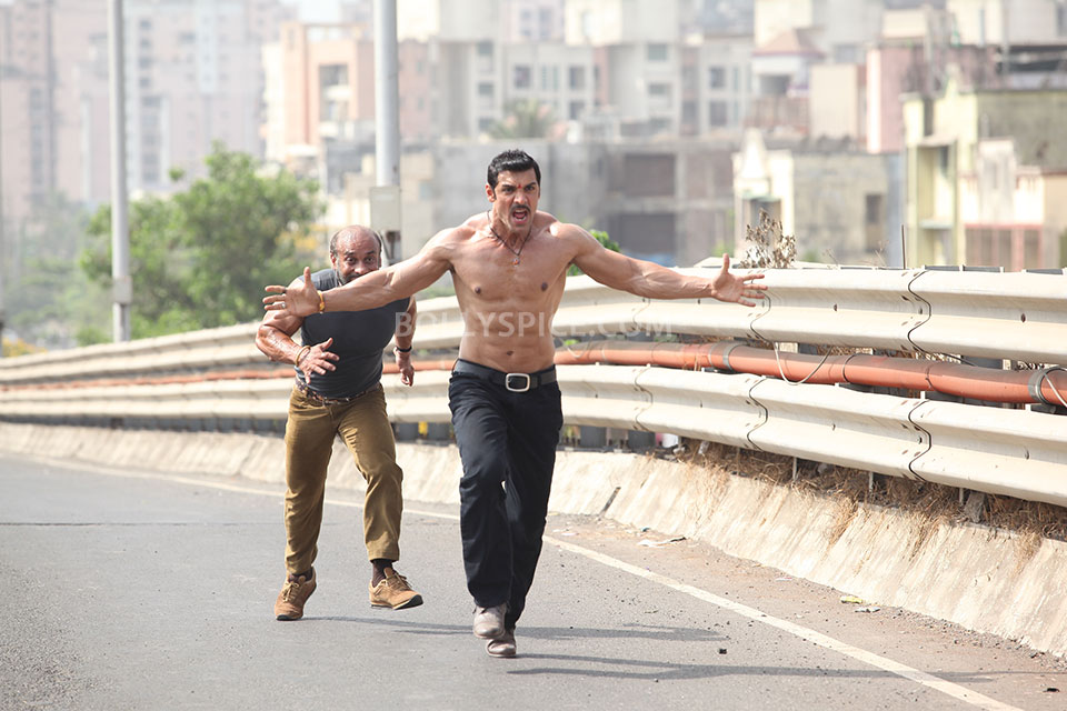 John Abraham Body Shootout At Wadala Of shootout at wadalaJohn Abraham Body Building In Shootout At Wadala