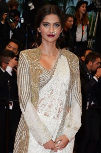 13may Sonam Cannes01 199x300 Fashionista Sonam Kapoor at Cannes Film Festival