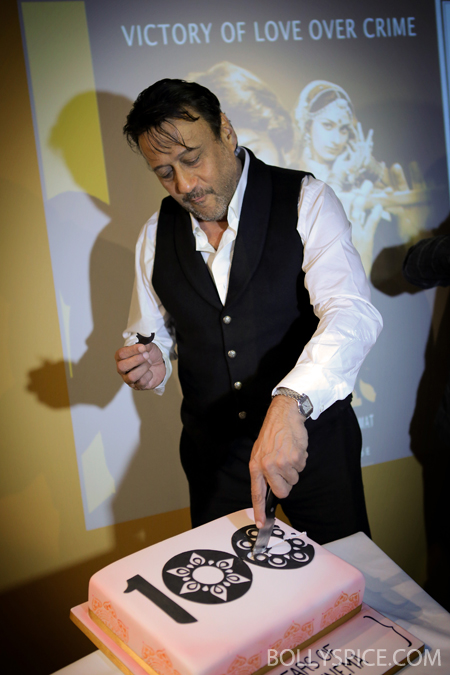 13may jackieshroff 03 Bollywood superstar Jackie Shroff celebrates Indian cinema's 100th birthday in Bradford