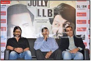 Cast Of Jolly LLB At the Reliance Digital Store Arshad Warsi launches Jolly LLB DVD launch at Reliance Digital, Mumbai