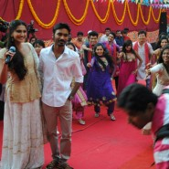 RaanjhanaaPressMeet39 185x185 In Video and Pictures: Sonam and Dhanush at Raanjhanaa Press Meet