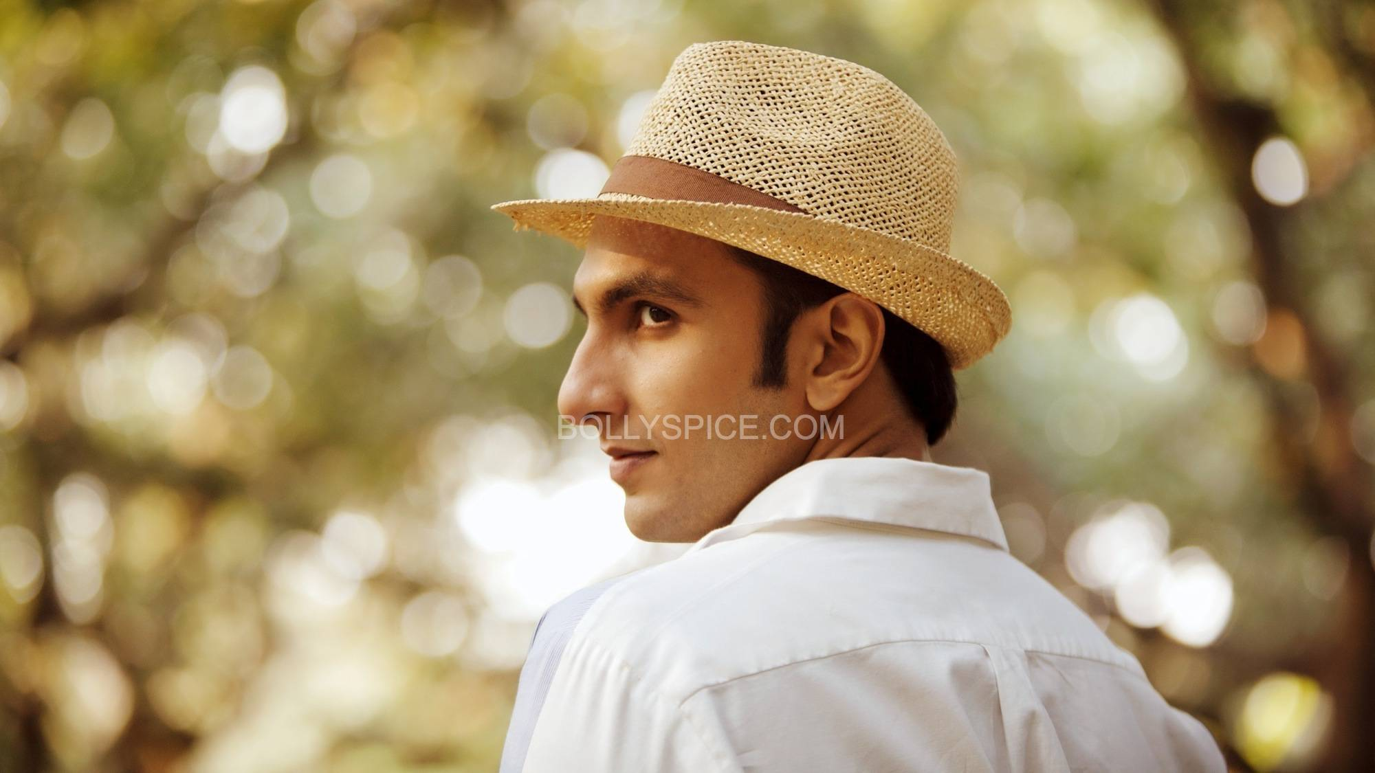 SL2 7 First Song: Sawaar Loon from  Lootera