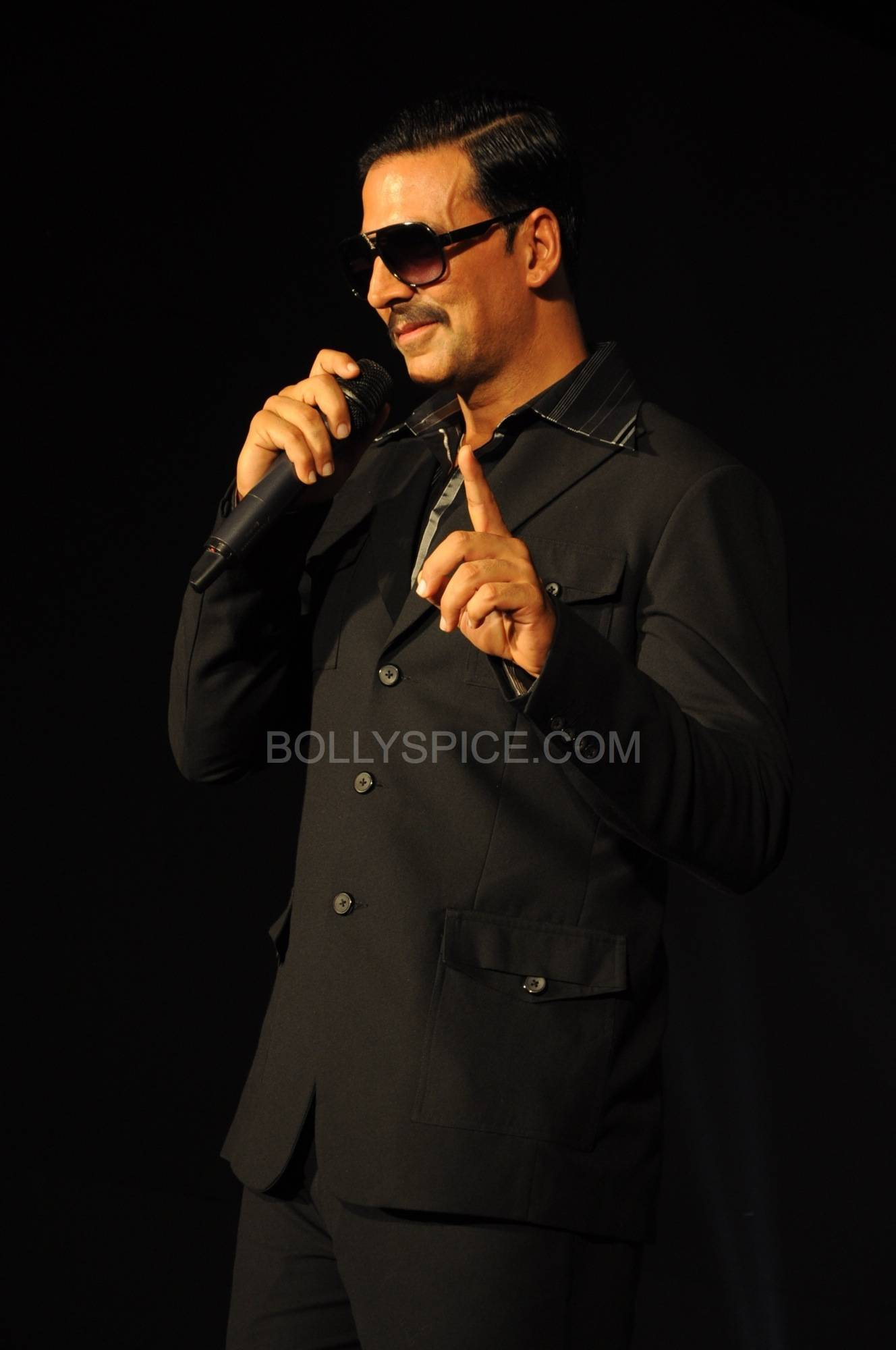 ouatimalaunch02 More Exclusive Pictures from Once Upon A Time in Mumbaai Again Trailer Launch