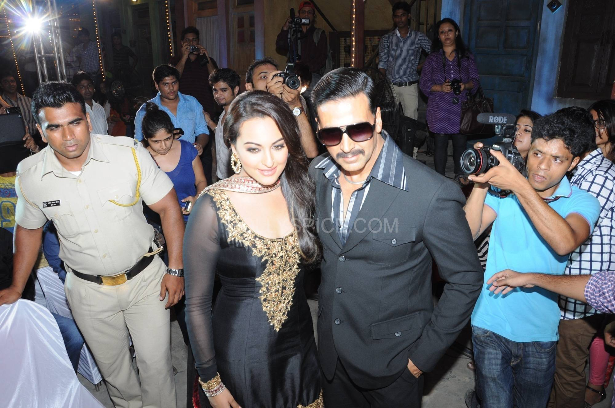 ouatimalaunch08 More Exclusive Pictures from Once Upon A Time in Mumbaai Again Trailer Launch