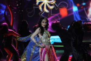13jun DiaMirza IIFARocks 300x200 Dia Mirza to perform at IIFA Rocks 2013