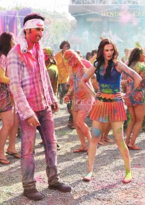 13jun EvelynSharma YJHD 212x300 Evelyn Sharma basks in Yeh Jawaani Hai Deewani glory!