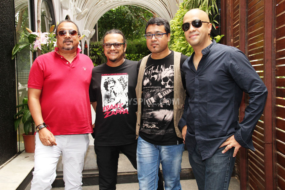 JOI BARUA AND HIS BAND MEMBERS, Ibson lal Barua, Manas Choudhary, Pawan Rassaily, Abani Tanti