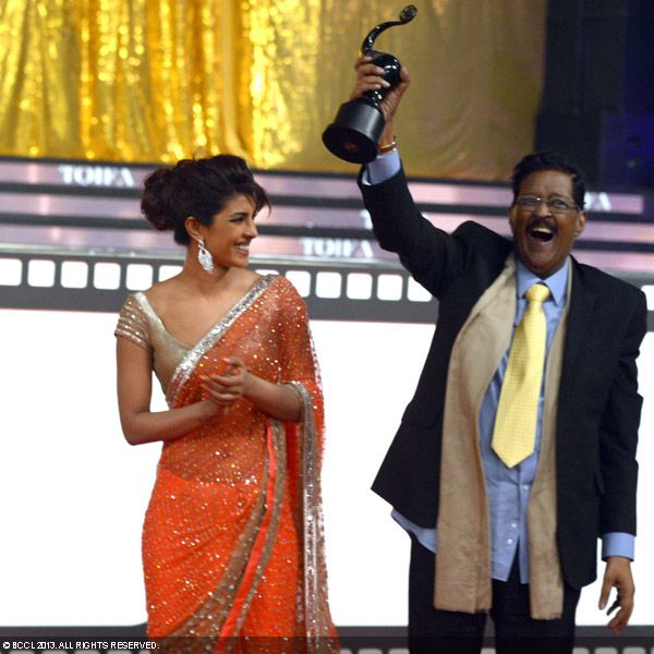 13jun PriyankaDad TOIFA Priyanka Chopras father Ashok Chopra passes away
