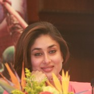 13jun SatyagrahaLondonPressCon08 185x185 Kareena Kapoor and Ajay Devgn attend the trailer launch of Satyagraha in London