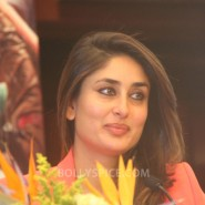 13jun SatyagrahaLondonPressCon17 185x185 Kareena Kapoor and Ajay Devgn attend the trailer launch of Satyagraha in London