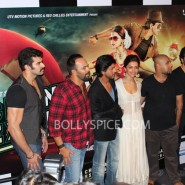 13jun celaunch 102 185x185 IN PICTURES: Chennai Express trailer launch