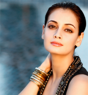 13jun dia Dia Mirza clears the air about Non Payment of dues