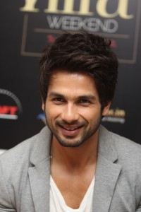 Shahid Kapoor at IIFA 2012 200x300 Its Shah Rukh and Shahid for IIFA