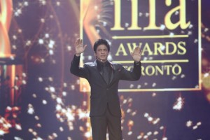 Shahrukh Khan at IIFA2011 300x200 Its Shah Rukh and Shahid for IIFA