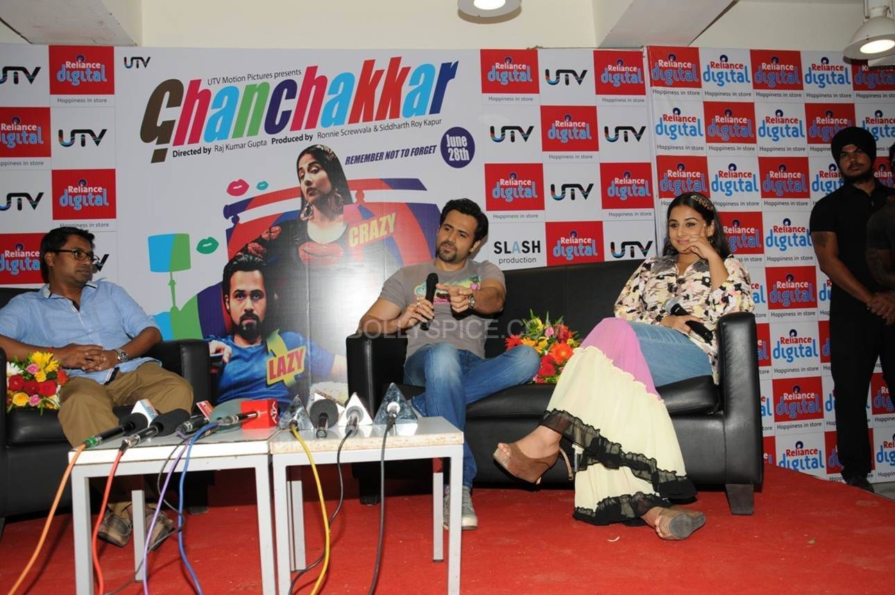 Vidya Balan and Emraan Hashmi interact with the media. Vidya and Emraan Visit Reliance Digital Store in Ahmadabad for Ghanchakkar