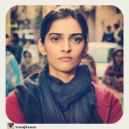 raanjhanaa45 185x185 More Raanjhanaa  Goodies!