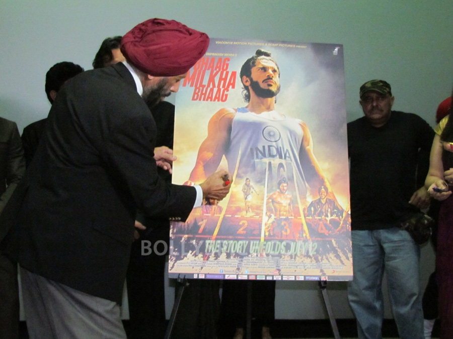 13jul BMB Screening Army02 Special preview screening of Bhaag Milkha Bhaag for Indian Armed Forces