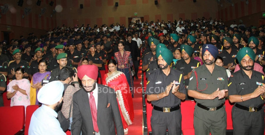 13jul BMB Screening Army08 Special preview screening of Bhaag Milkha Bhaag for Indian Armed Forces