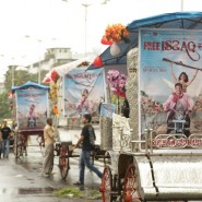 13jul Issaq Sawaari10 185x185 Issaq takes fans for fun filled 'Baggi' rides!!