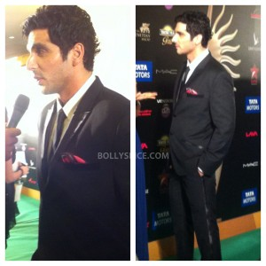 13jul MnB IIFAGreenCarpet08 300x300 Special Report: From the IIFA Awards Green Carpet!