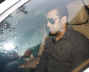 13jul Salman CulpableHomicide 300x242 Salman Khan accused of culpable homicide