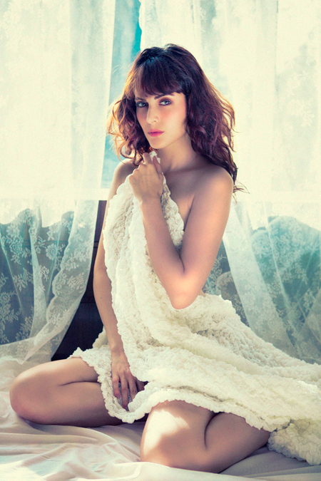 13jul karimi 03 Iranian beauty Mandana Karimi to debut in Vikram Bhatts Bhaag Johnny