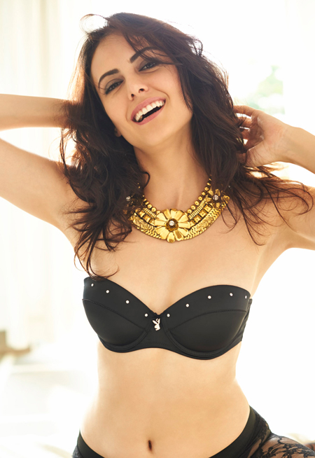 13jul karimi 06 Iranian beauty Mandana Karimi to debut in Vikram Bhatts Bhaag Johnny