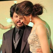 13jun cemusiclaunchpics 26 185x185 In Pictures: Chennai Express music launch