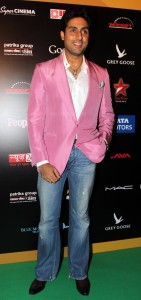 Abhishek Bachchan at IIFA Rocks Green carpet 141x300 Abhishek Bachchan at IIFA Rocks Green carpet