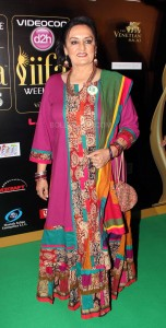 Dolly Ahluwalia at IIFA Rocks Green carpet 152x300 Dolly Ahluwalia at IIFA Rocks Green carpet