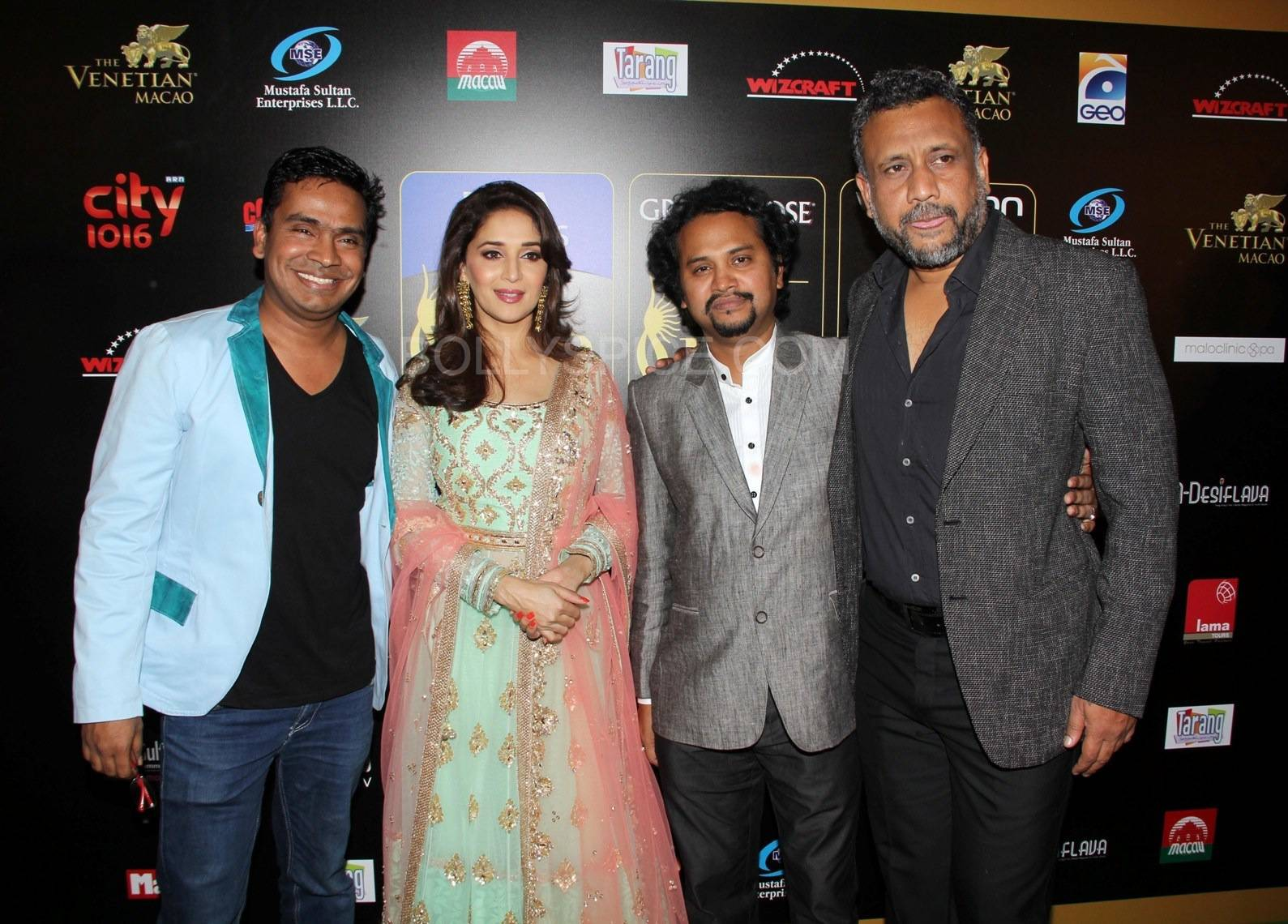 Gulab Gang team- Madhuri Dixit Nene, Somik Sen, Anubhav Sinha at IIFA Rocks Green carpet