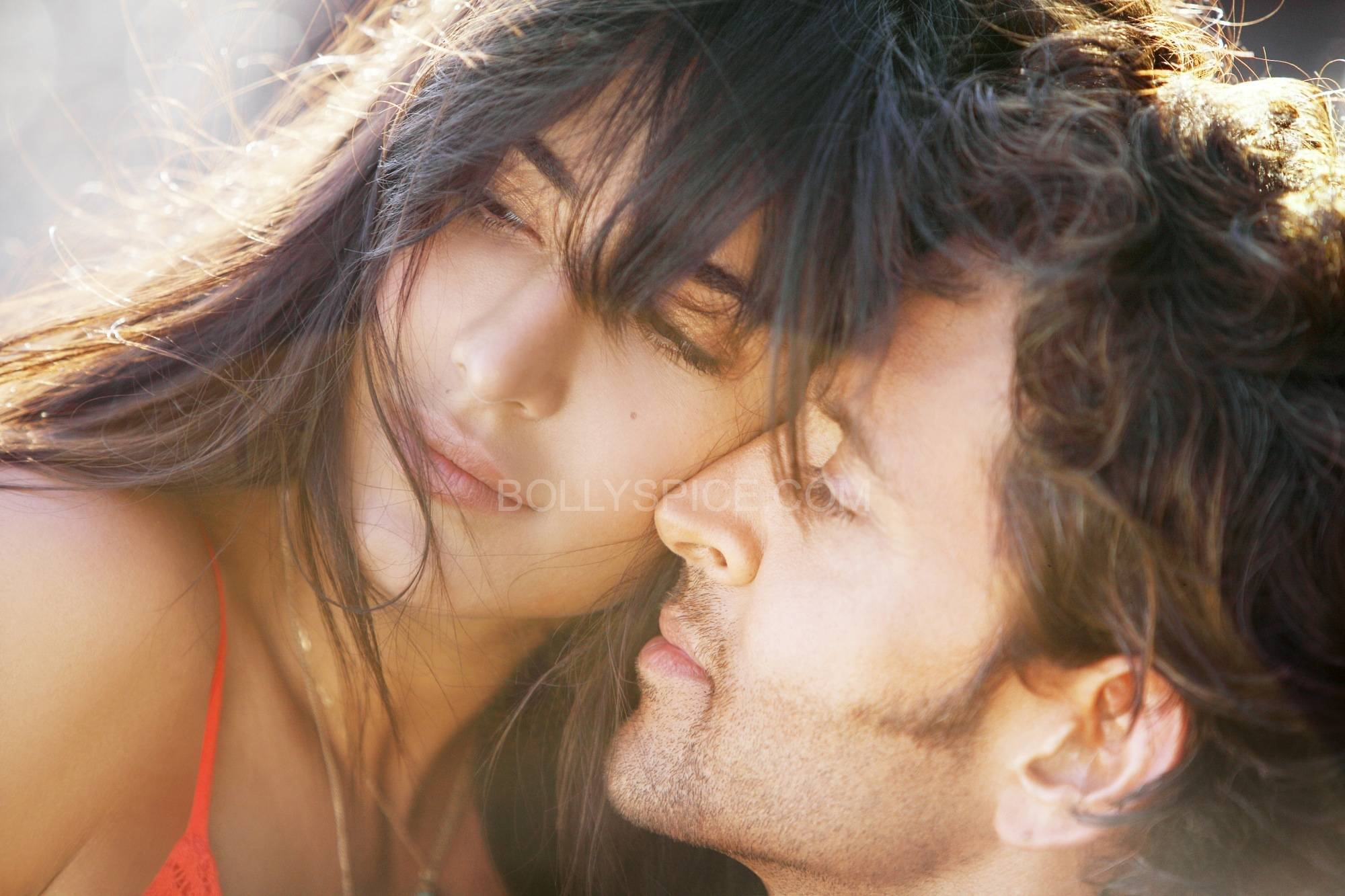 HKbangbang1 First Look of the HOT Jodi Hrithik and Katrina in Bang Bang!