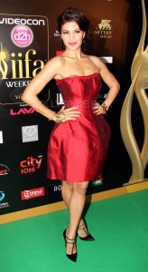 Jacquline Fernandez at IIFA Rocks Green carpet 164x300 Jacquline Fernandez at IIFA Rocks Green carpet