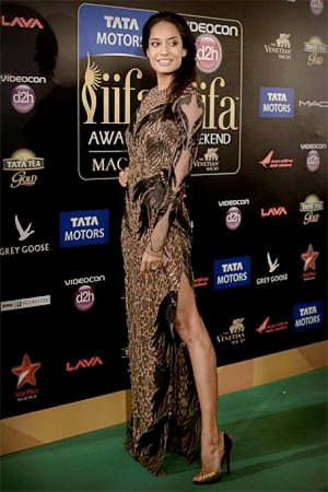Lisa Whos Hot Whos Not: IIFA Awards 2013