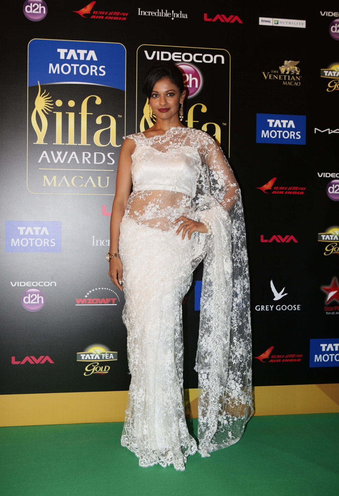 PoojaKumar Whos Hot Whos Not: IIFA Awards 2013