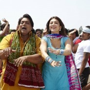 RVstills05 185x185 Get Desi Cool when Ramaiya Vastavaiya hits theaters worldwide on the 19th!