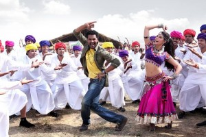 RVstills09 300x200 I hope Ramaiya Vastavaiya clicks with the audience and they fall in love (again) too.   Prabhu Deva