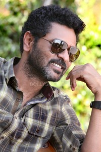 RVstills18 200x300 I hope Ramaiya Vastavaiya clicks with the audience and they fall in love (again) too.   Prabhu Deva