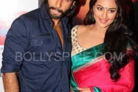 Ranveer and Sonakshi at Reliance Digital Iskcon, Ahmedabad