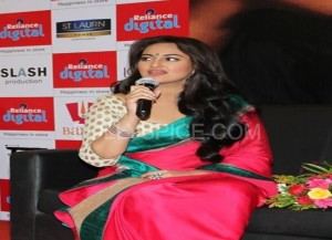 Sonakshi interacting with the media at Reliance Digital 300x217 In Pictures: Ranveer Singh and Sonakshi Sinha visit Reliance Digital in Ahmedabad for Lootera