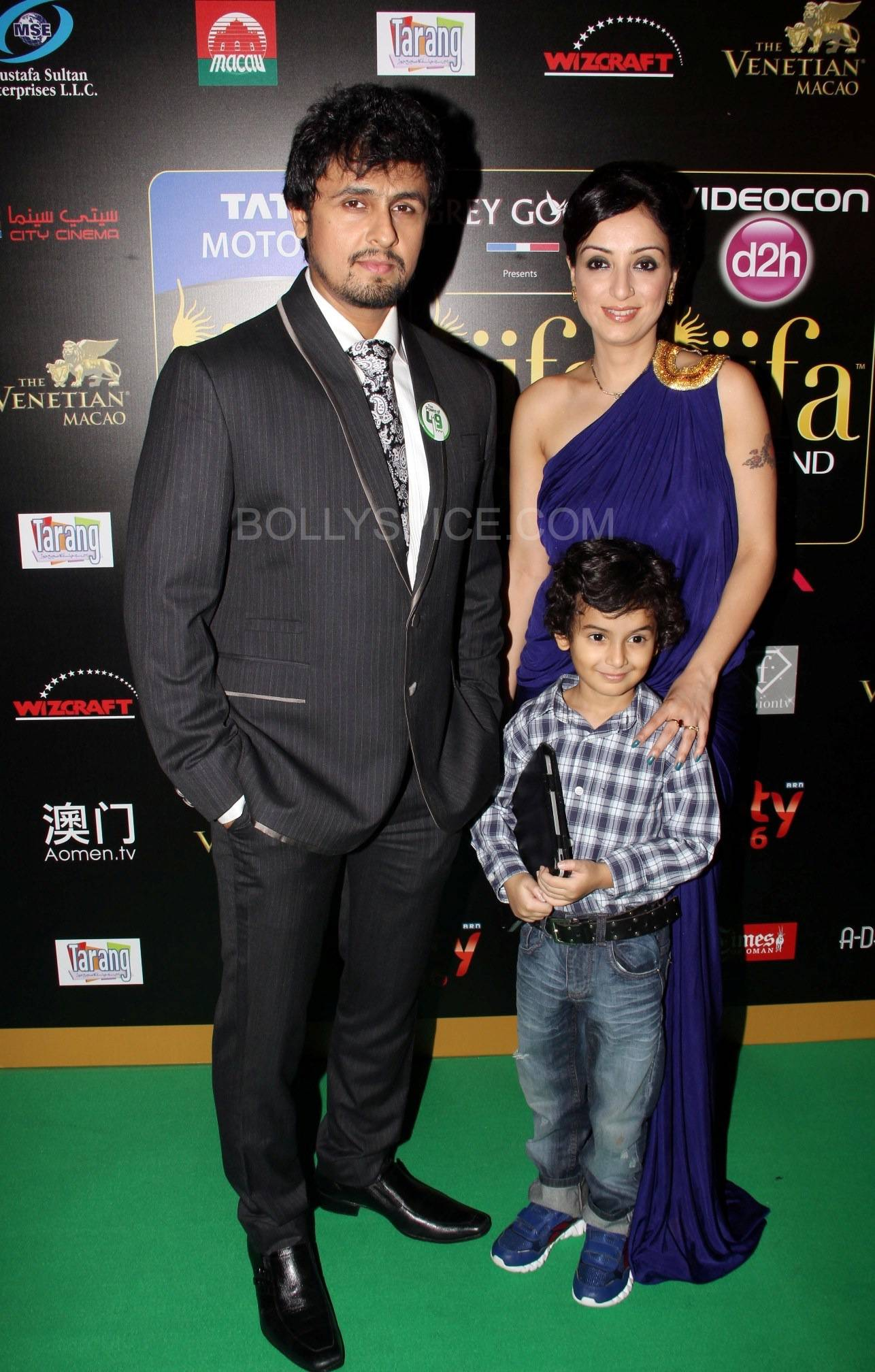 Sonu Nigam at IIFA Rocks Green carpet