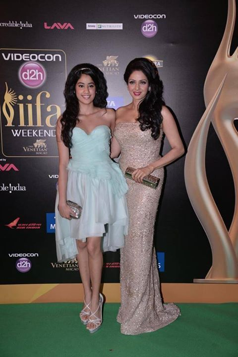 SrideviandJhanvi Whos Hot Whos Not: IIFA Awards 2013