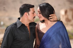 ouatimdakshay sonakshi 300x199 Oman goes the Bollywood way with Once Upon A Time In Mumbaai Dobara