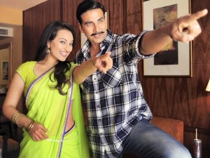 sonakshi akshay boss 300x225 Sonakshi & Akshay together again for a special song in Boss