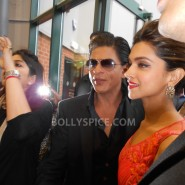 13aug CE Feltham23 185x185 Shah Rukh Khan and Deepika Padukone meet fans at Cineworld Feltham Exclusive Report