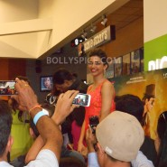 13aug CE Feltham30 185x185 Shah Rukh Khan and Deepika Padukone meet fans at Cineworld Feltham Exclusive Report