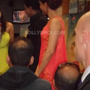 13aug CE Feltham33 185x185 Shah Rukh Khan and Deepika Padukone meet fans at Cineworld Feltham Exclusive Report